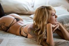 Пикантная задница стройной красотки